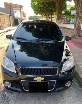 Vendo aveo emotion gt full  modelo 2011, color negro, precio negociable $ 19.800.000