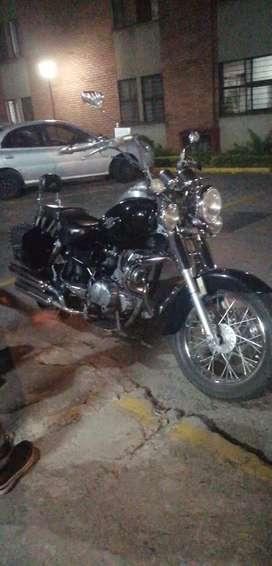 Se vende hermosa moto en excelente estado