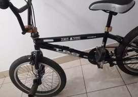 Bicicleta d niño y niña