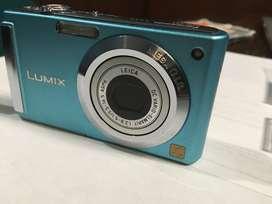 Super oferta! Cámara digital compacta LUMIX de Panasonic,  8.1 Megapixeles, Zoom óptico 3X y lente de la famosa LEICA