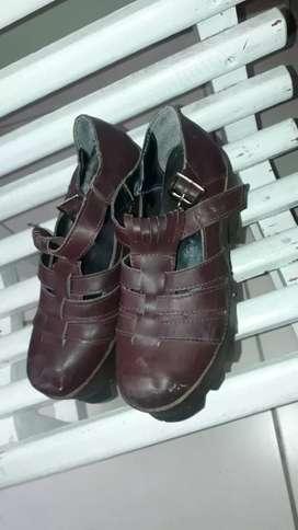 Vendo sandalias numero 36