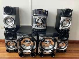 Equipo de Sonido como nuevo LG 700.000 Negociables