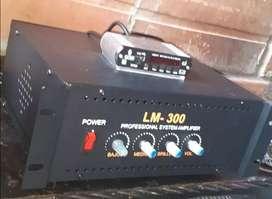 Amplidor de alto rendimiento para dos parlantes de 15