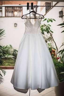 Vestido de Novia: More Lee Bridal