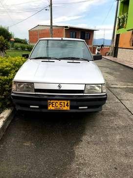 Renault 9, Carro Familiar, Muy Original, Tercer Dueño