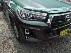 Toyota hilux srv full 4x4 turbo intercooler 2016