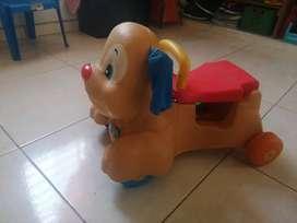 Perro caminador marca Fisher-Price perfecto estado