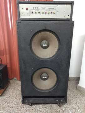 Vdo Amp Y Bafle 150 Watts Reales 5500