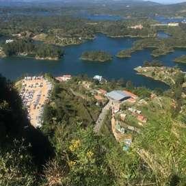 VENTA DE LOTE CON EMBALSE EN GUATAPÉ ANTIOQUIA