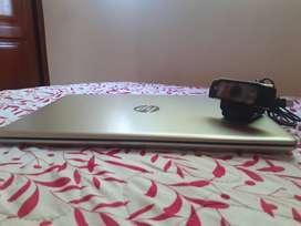 Computador portatil Hp + Camara logitech C920