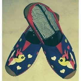 zapatillas azules suela roja con minnie talla 41 con envio gratuito