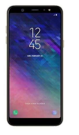 Smartphone Samsung Galaxy A6+ 32GB SM-A605GZDLPEO - Dorado