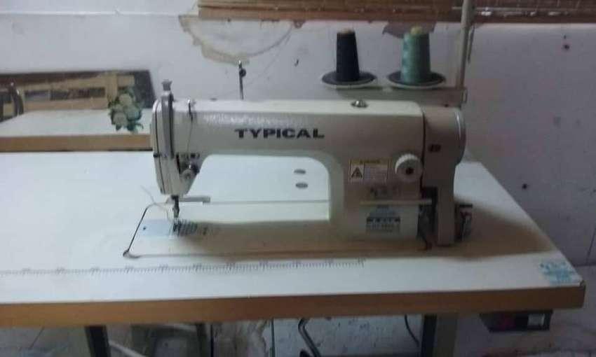 Maquina de coser  industrial typical 0