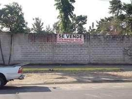 VENDO PROPIEDAD EN EL RECINTO CUATRO MANGAS 1400m2