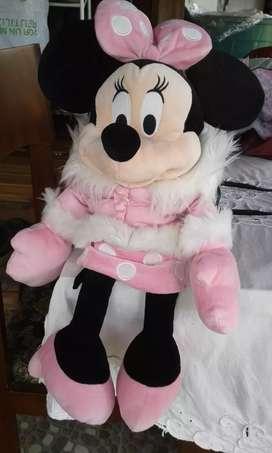 Minnie con chaqueta