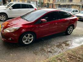 Hermoso Ford Focus 150hp 2.0 7 airbags