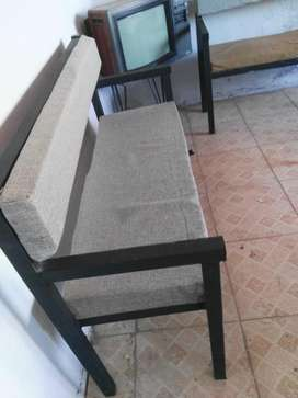 Sillón sofa hierro tapizado,para pub LIQUIDO