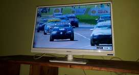 TV 24 LeD impecable sirve para monitor tmb