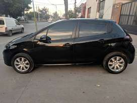 Vendo Peugeot 208 Modelo 2017 impecable