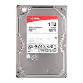 Disco duro 1TB de segunda para pc o DVR marca toshiba