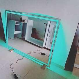 Espejo matizado con luz led y control