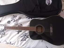 Guitarra acústica Ibanez PF15  en cuerdas de acero color Negro.