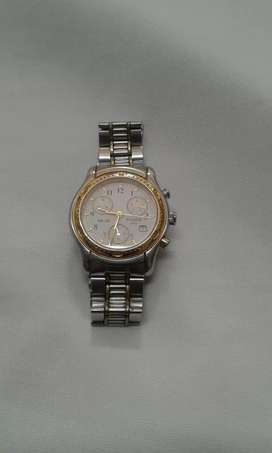 Reloj tissot para hombre metalico dorado