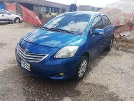 Toyota corolla 2012 precio negociable
