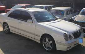 Mercedes Benz E240 Elegance Plus