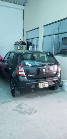 Vendo Renault por viaje