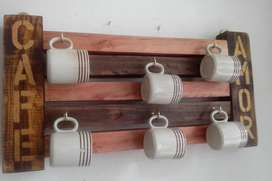 Porta tazas madera recuperada para seis tazas