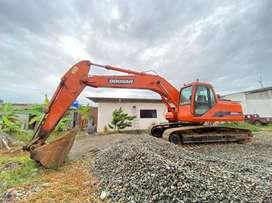 Se vende Excavadora Daewoo Doosan DH220lc-7