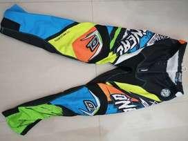 Pantalon ONEAL talla 30 (motocross, bicicross) estado 10 de 10
