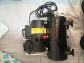 Tooty Airbrush Compressor by NO-NAME Brand