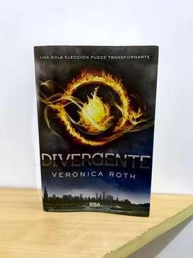 "Libro ""Divergente"" original"