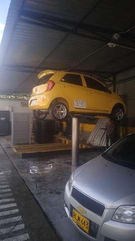 Se Vende Taxi 2013