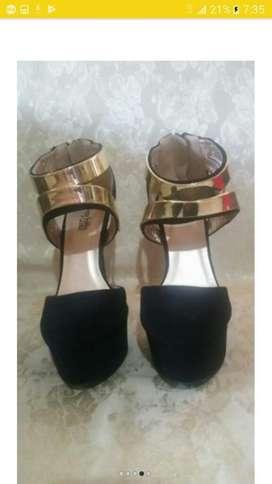 Zapatos de Tacos Negro