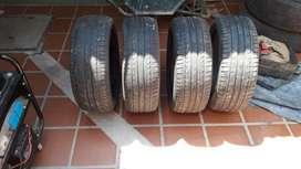 Cuatro gomas Michelin