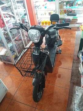 Una moto electrica 350w