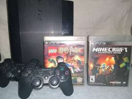 Ps3 Super Slim 500gb + 2 joysticks + 2 juegos