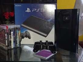 Vendo ps3 500gb + 2 controles + juegos