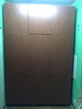 Marco de placard con 6 puertas