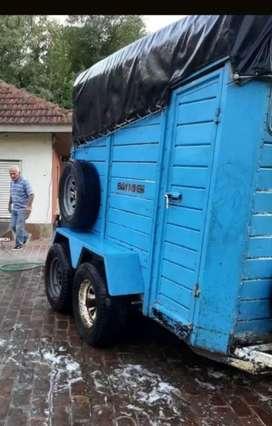 Batan trailer caballos
