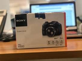 Camara Semireflex Sony Dsc-300 20.1MPX