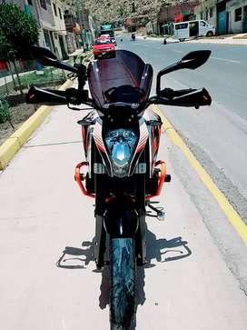 KTM Duke 390 ABS White