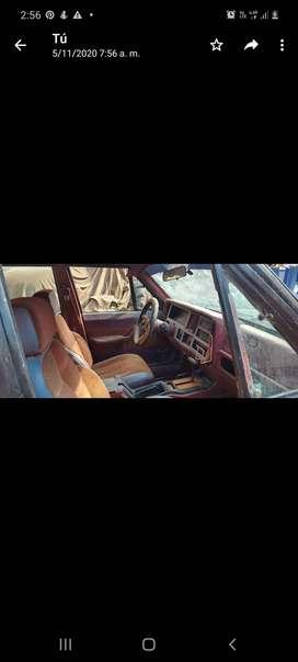 Cheroke jeep año 1982 gasolinero y a gas