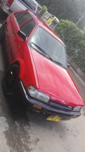 Se vende Mazda 323 negociable