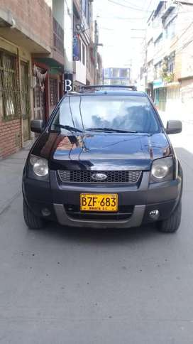 VENDO AUTOMOVIL TIPO CAMIONETA FORD ECOSPORT 4WD ECONOMICO
