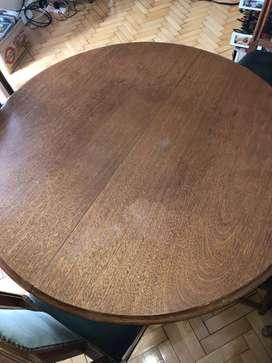 Mesa redonda extensible y 6 sillas en roble claro macizo