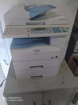 Fotocopiadora Ricoh 201 doble bandeja